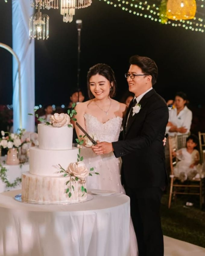 The Wedding Cake Of Rudy & Shiela by Moia Cake - 004