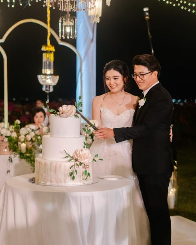 The Wedding Cake Of Rudy & Shiela by Moia Cake - 003