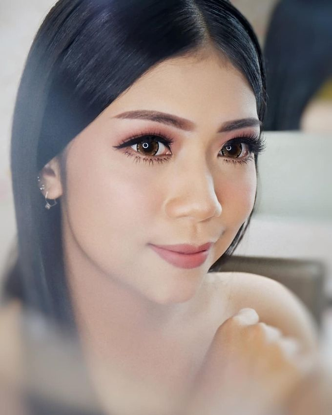 Prewedding - Wedding Makeup (NATURAL GLAM) by AngeLin Bridal - 009