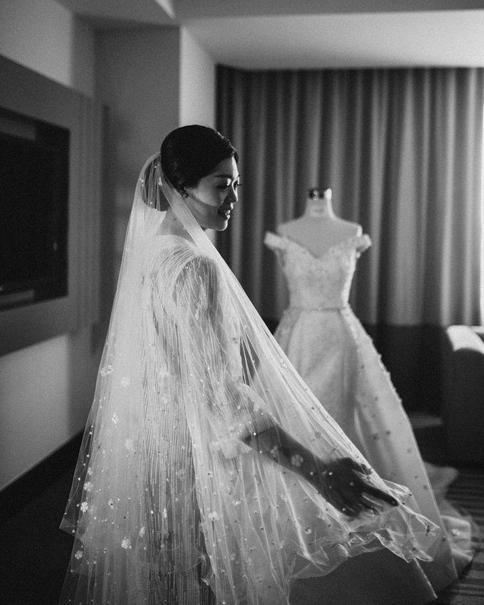 Adrian and Michelle Wedding by ARTH Studio - 003