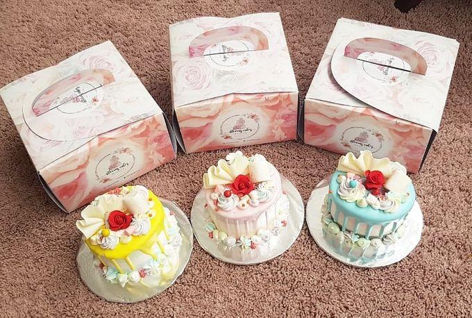Custom Wedding Cake by Bloomscake Wedding - 004