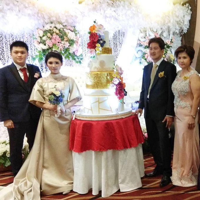 Custom Wedding Cake by Bloomscake Wedding - 007
