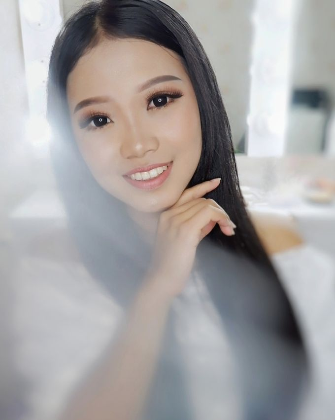 Prewedding - Wedding Makeup (NATURAL GLAM) by AngeLin Bridal - 006