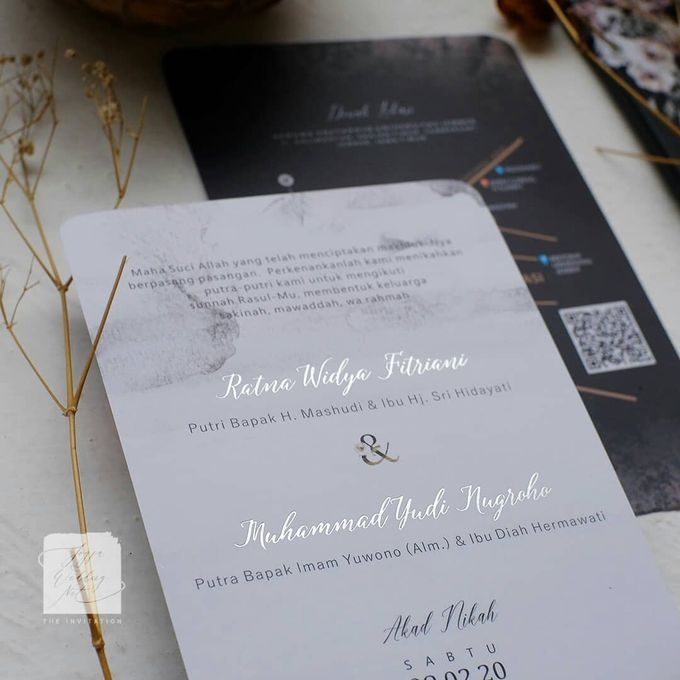Invitation Mix Photo Frame - RATNA & YUDI by Jogja Wedding Net - 002