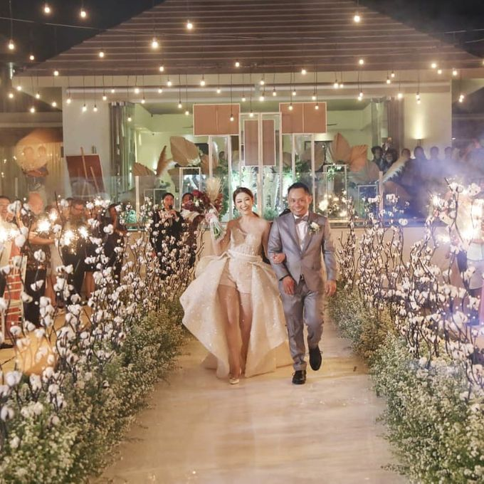 The Wedding Of Ferry & Chika by Treesia Makeup Artist - 010