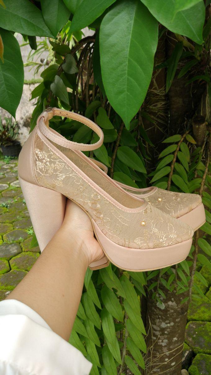 Platform Heels Wedding Shoes by Simply Happy - 003