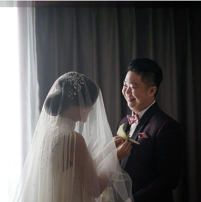 Mr. Henry & Mrs. Helen Wedding by Ventlee Groom Centre - 012