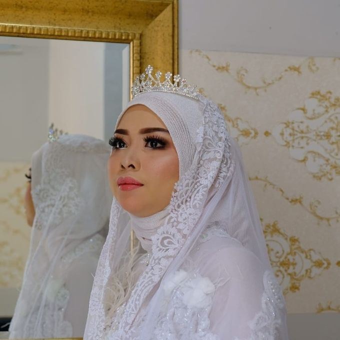 Photoshoot and Wedding Galery by KIN NUMBER BEAUTY LOUNGE & STUDIO - 010