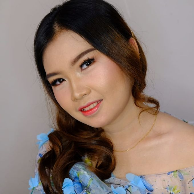 Photoshoot and Wedding Galery by KIN NUMBER BEAUTY LOUNGE & STUDIO - 018