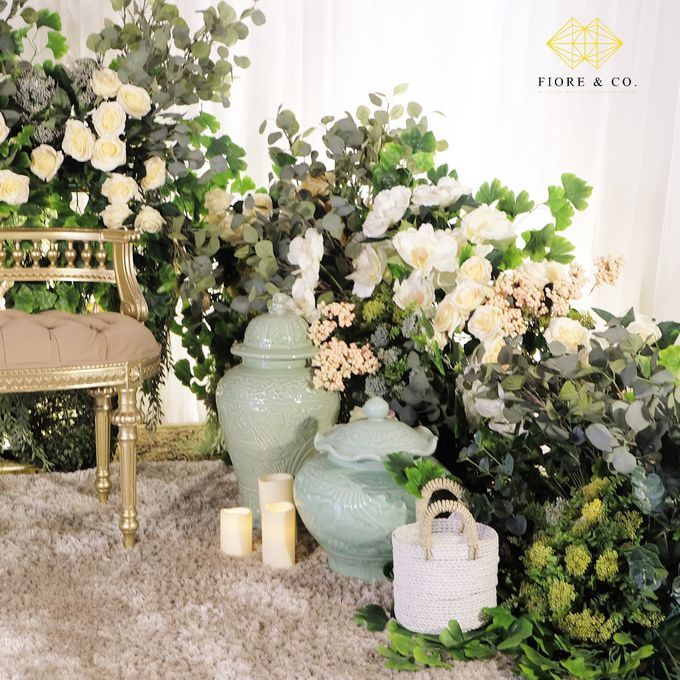 """TOUCH OF CELADON"" by FIORE & Co. Decoration - 003"
