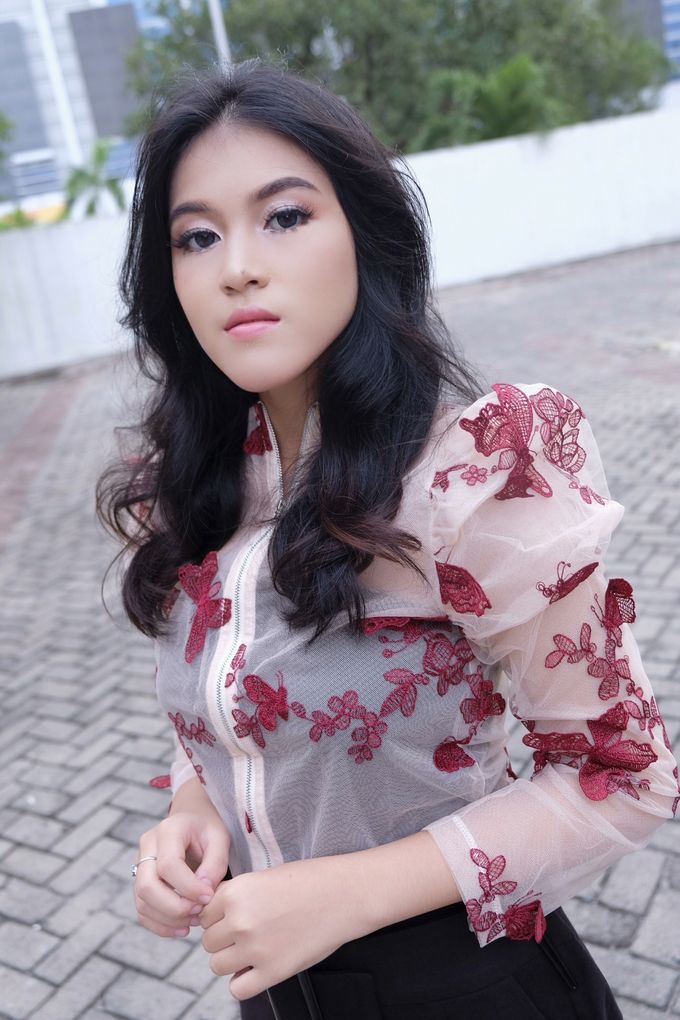 Photoshoot and Wedding Galery by KIN NUMBER BEAUTY LOUNGE & STUDIO - 007