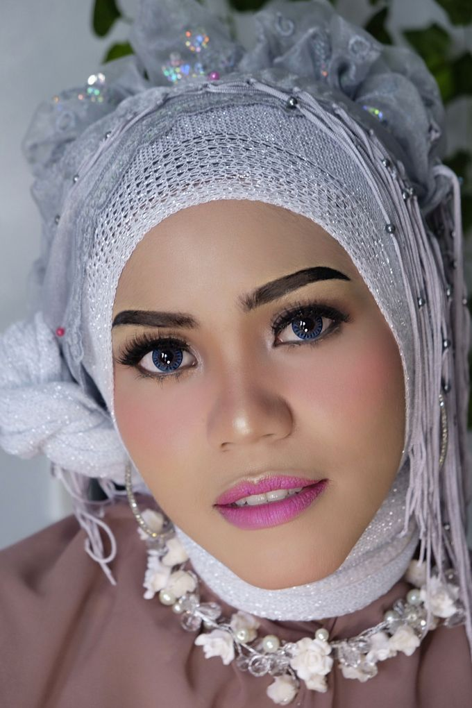 Photoshoot and Wedding Galery by KIN NUMBER BEAUTY LOUNGE & STUDIO - 006