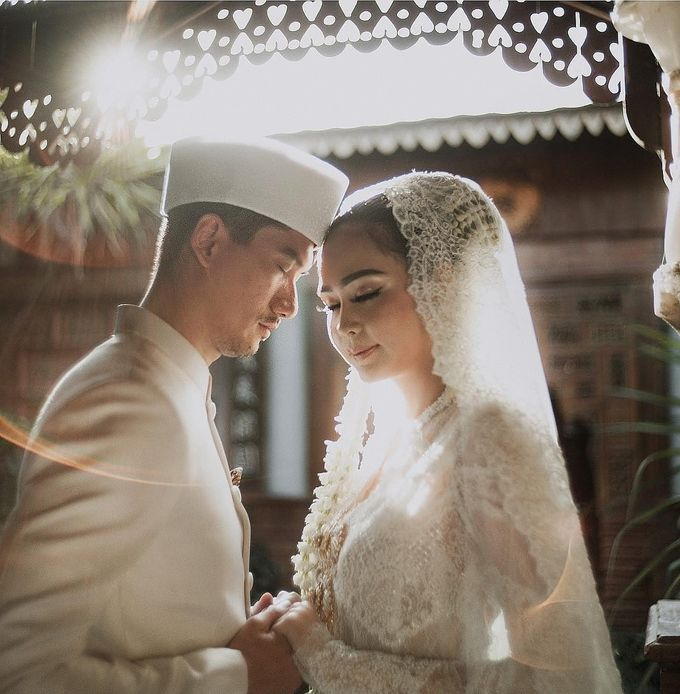 Outdor Traditional Wedding In New Normal by Ventlee Groom Centre - 002