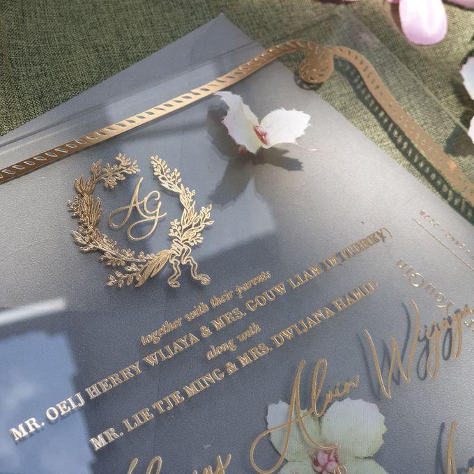 luxury wedding invitation by Invitation Papermint - 002