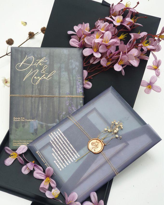 Lovie Purple Rustic by Invitation Papermint - 001