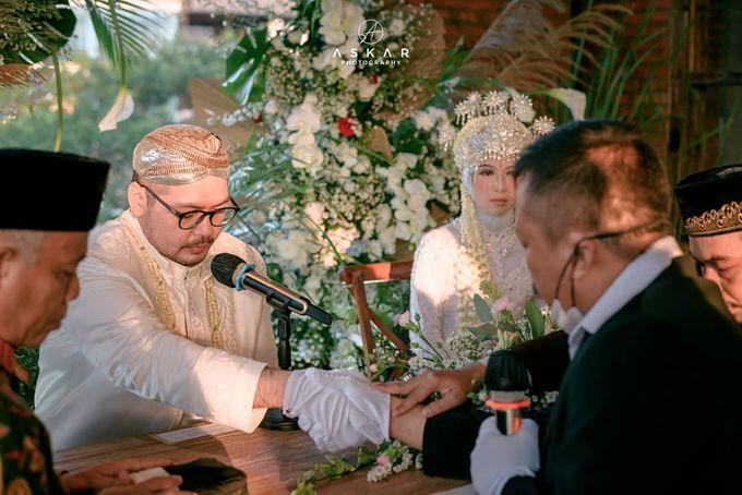 The Intimate Wedding Of Tia & Ranggi by Armadani Organizer - 019