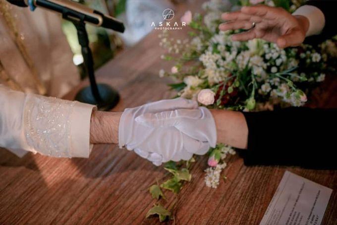 The Intimate Wedding Of Tia & Ranggi by Armadani Organizer - 017