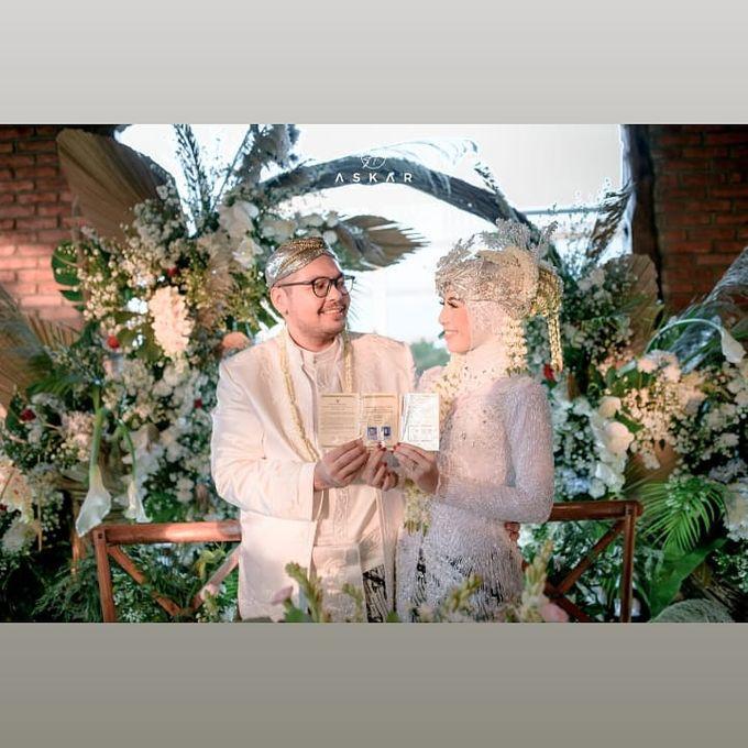 The Intimate Wedding Of Tia & Ranggi by Armadani Organizer - 023