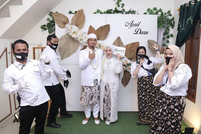 The Intimate Wedding Of April & Daru by Armadani Organizer - 004
