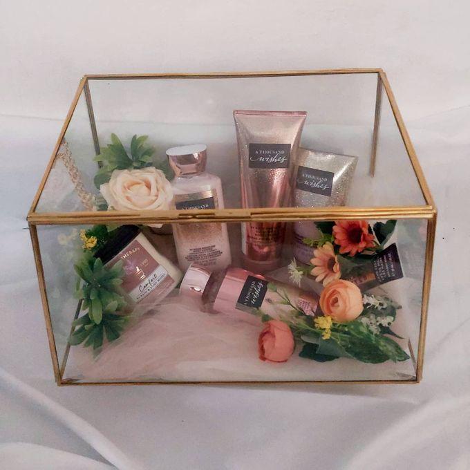 Glass box by Seserahan Darihati - 005