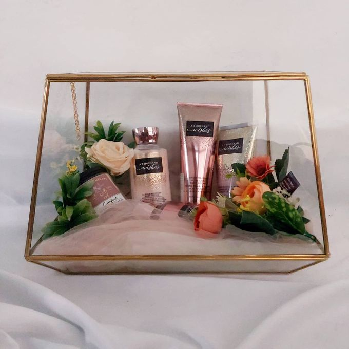 Glass box by Seserahan Darihati - 006