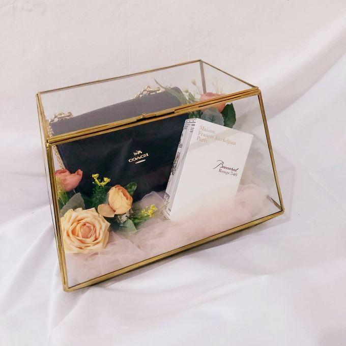 Glass box by Seserahan Darihati - 007