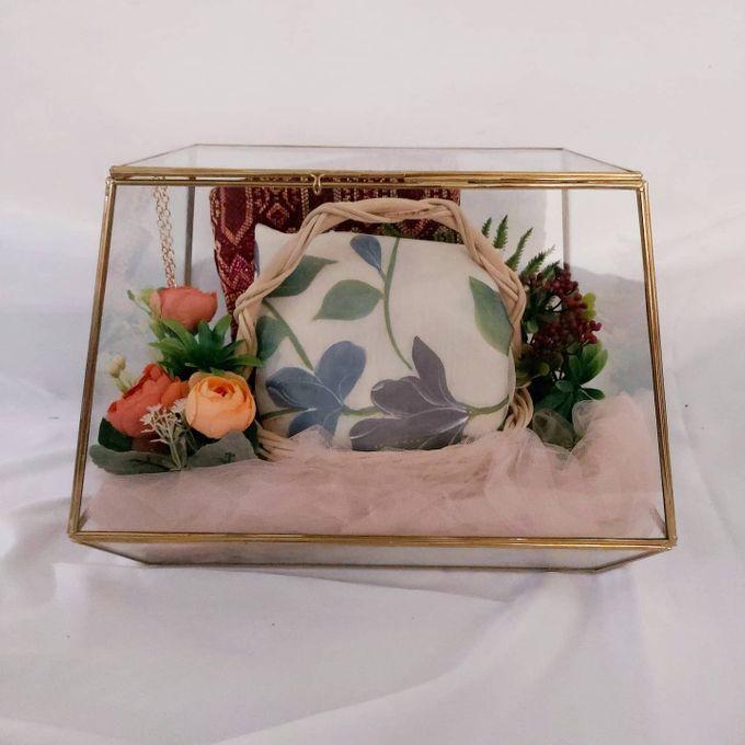 Glass box by Seserahan Darihati - 001