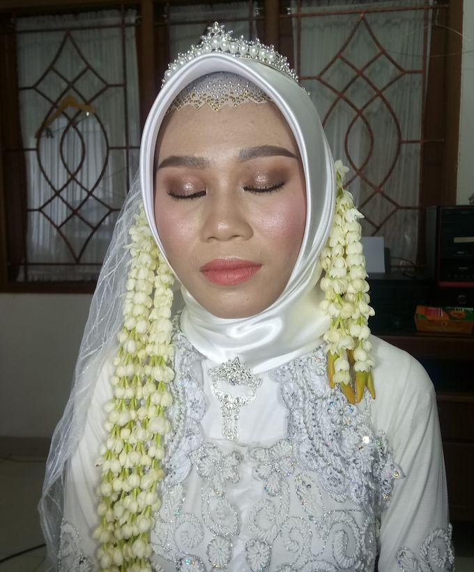 Ms. Nindi Akad Nikah by Hana Gloria MUA - 001