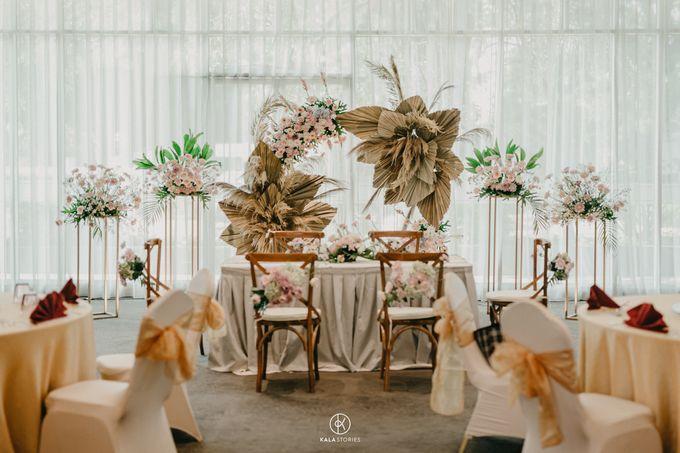Sarah & Dhimas Intimate Wedding by newlyweds.wo - 004