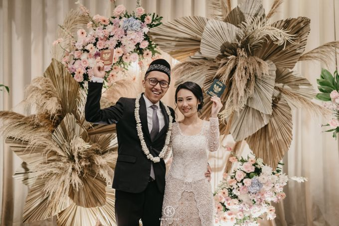 Sarah & Dhimas Intimate Wedding by newlyweds.wo - 005