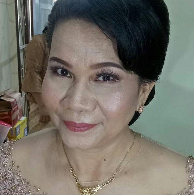 Mature Moms Makeup by Hana Gloria MUA - 002