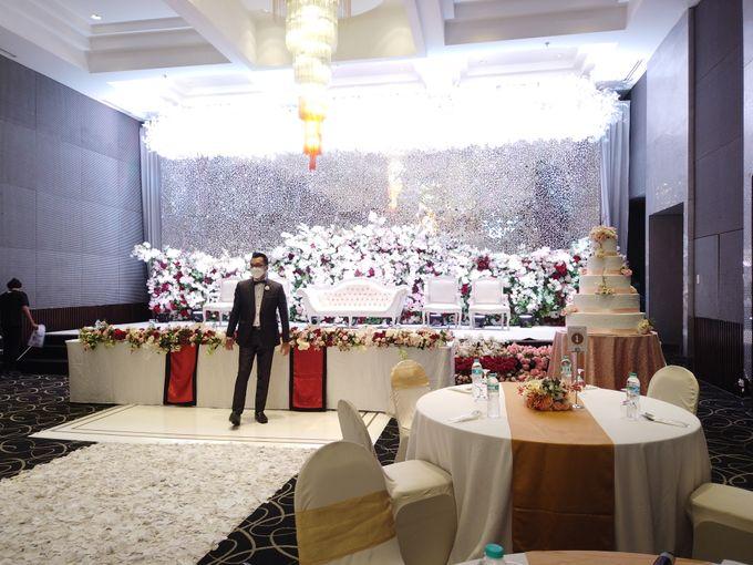 Angga & Mona Wedding by HENRY BRILLIANTO - 002