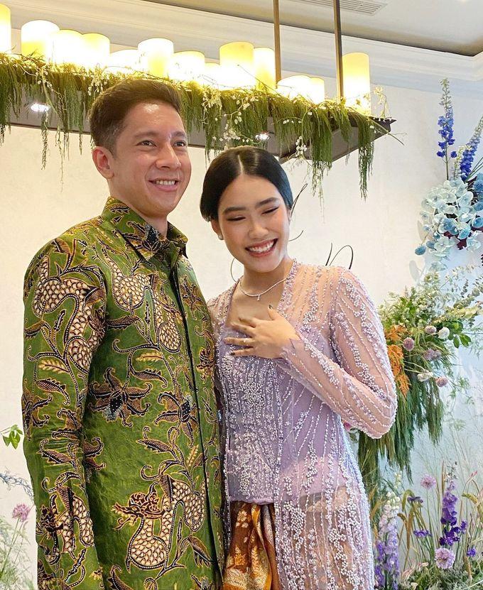 Engagement Day of Alika Islamanda & Raja Siregar by Lila Rosé Weddings - 012