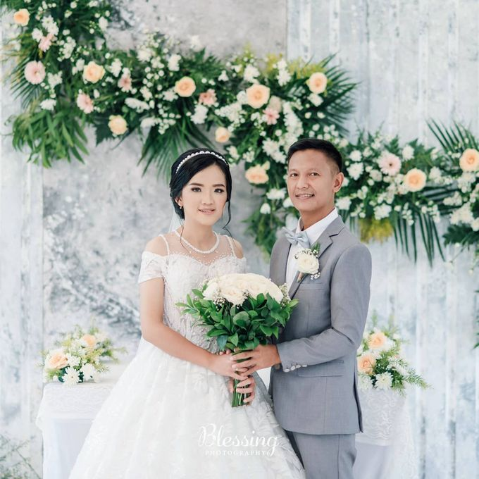 The Wedding of Tonny & Febe by MarisaFe Bridal - 005