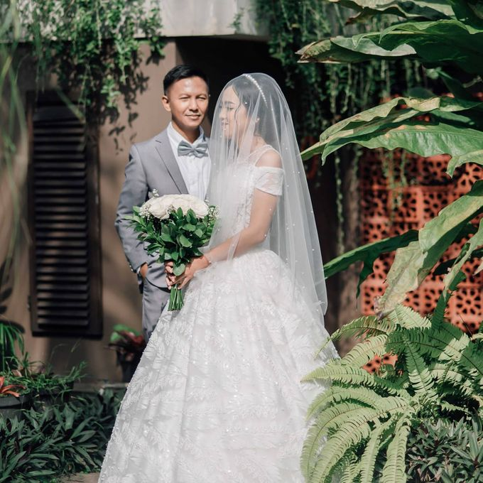 The Wedding of Tonny & Febe by MarisaFe Bridal - 006