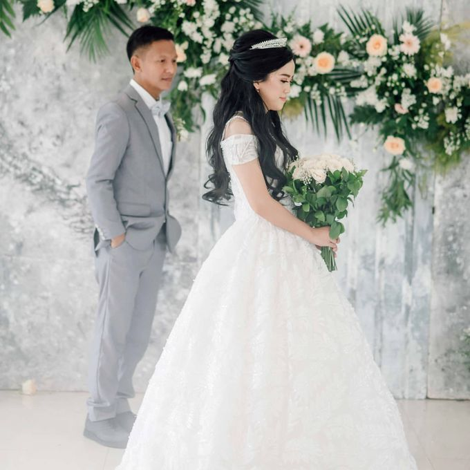 The Wedding of Tonny & Febe by MarisaFe Bridal - 008