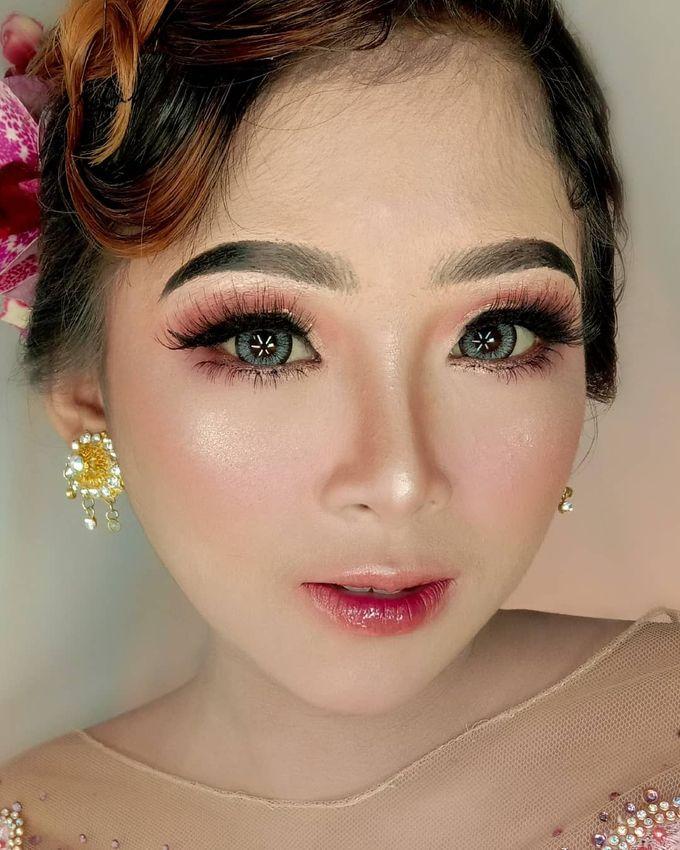 Hairdo Modern by iir bahari professional makeup and wedding - 013