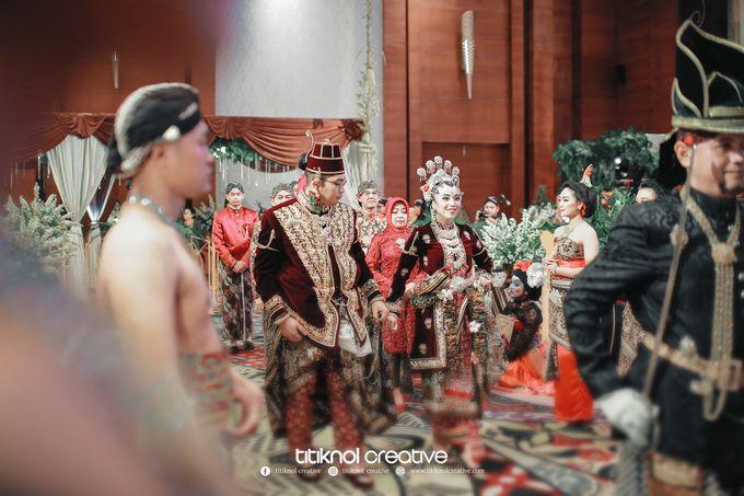 Wedding Risky + Gita by Titiknol Creative - 008