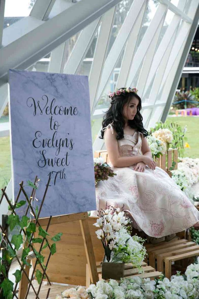 Sweet 17th Gown for Evelyn by Deasy Marlina - 011