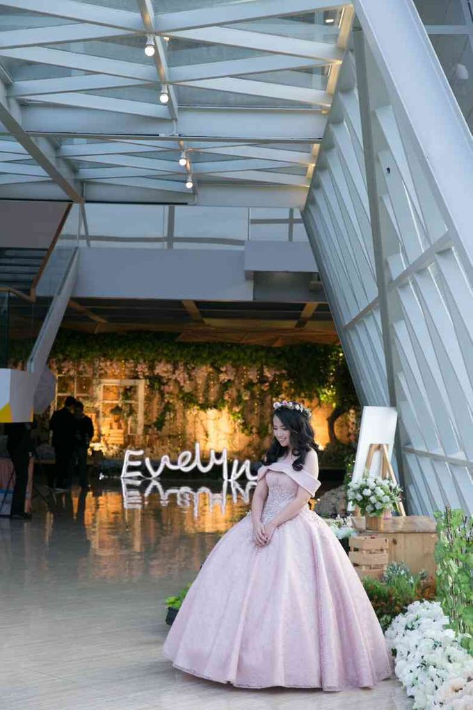 Sweet 17th Gown for Evelyn by Deasy Marlina - 010