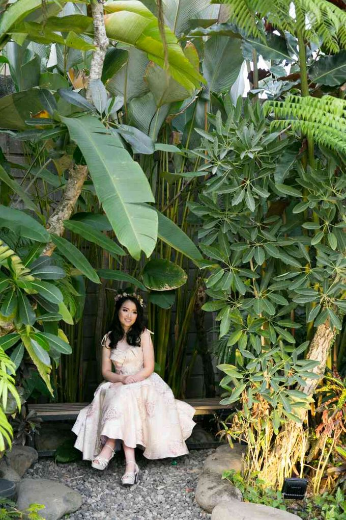 Sweet 17th Gown for Evelyn by Deasy Marlina - 012