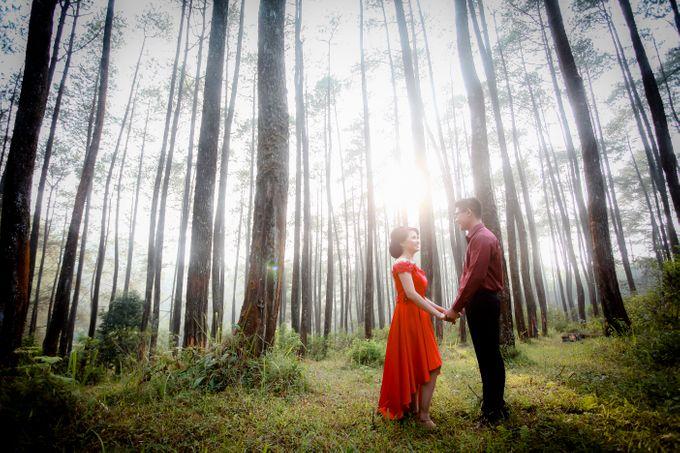 Henky & Eva prewedding moment by PhiPhotography - 002