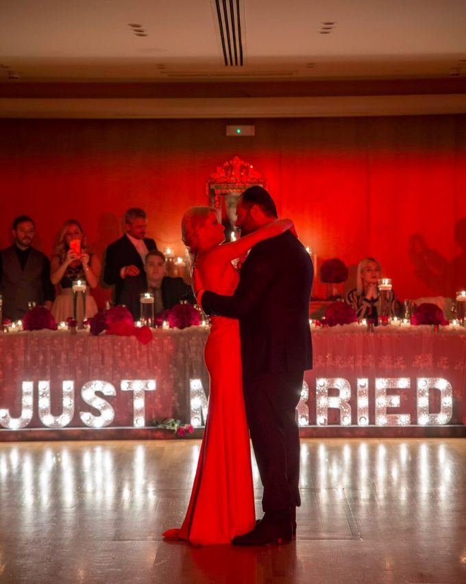 Luxury Christmas Red & Gold Wedding by Diamond Events - 011