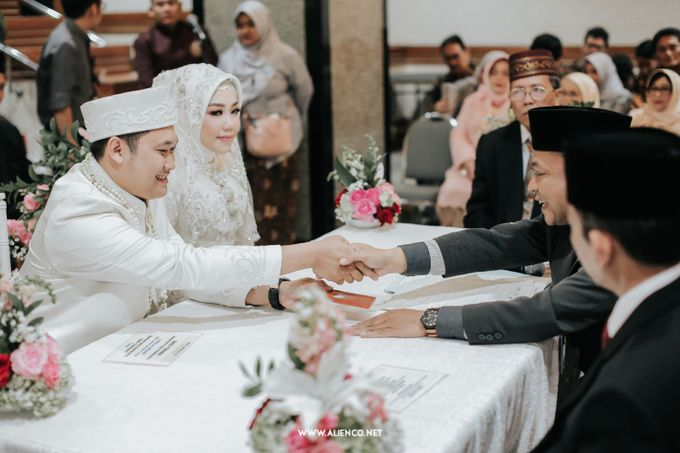 The Wedding Of Shella & Lutfi by alienco photography - 012
