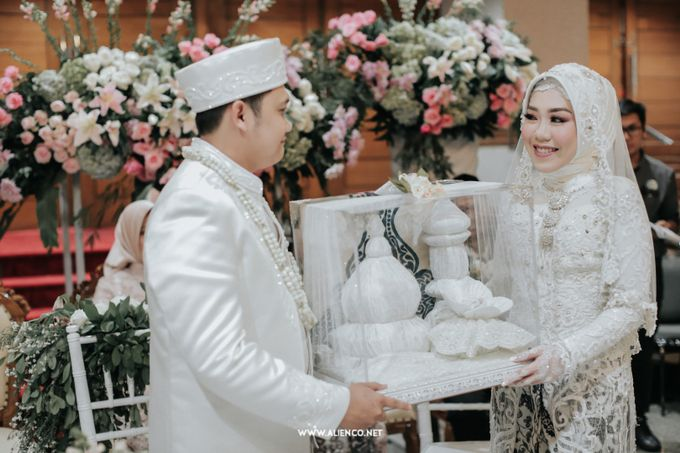 The Wedding Of Shella & Lutfi by alienco photography - 013