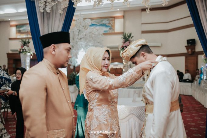The Wedding Of Fara & Alief by alienco photography - 017