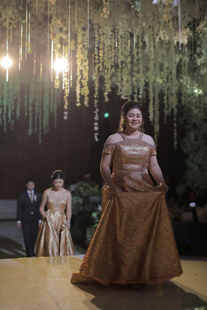 Family Dresses For Engagement & Wedding Of Citro & Bragita by Eliana Andrea - 011