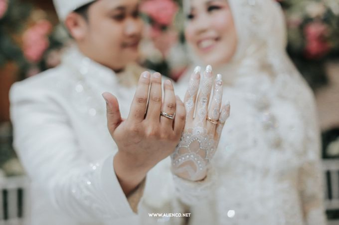The Wedding Of Shella & Lutfi by alienco photography - 017