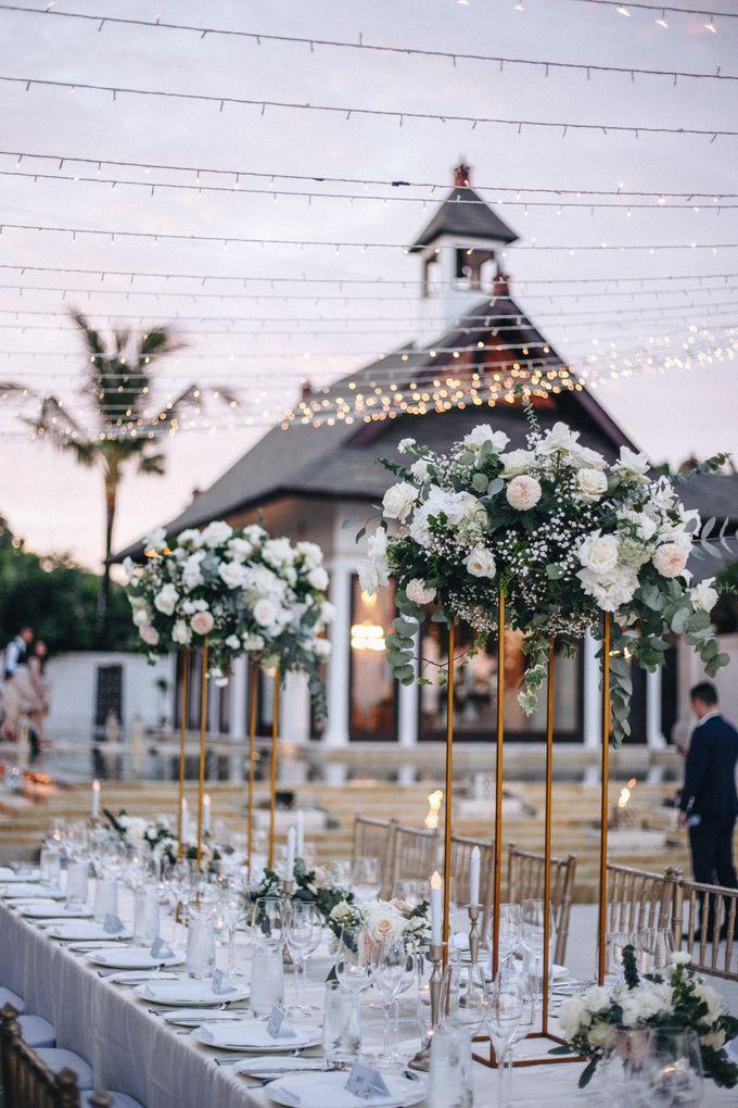 Wedding Decoration at St Regis by Joseph Photo by Red Gardenia - 019
