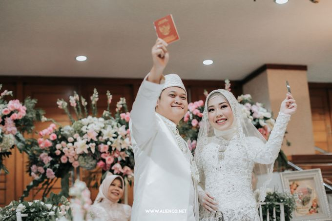 The Wedding Of Shella & Lutfi by alienco photography - 018